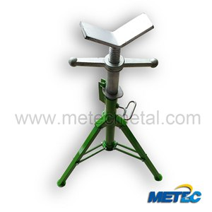 Folding pipe stand